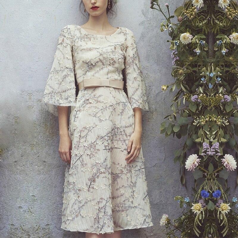 Vintage Floral Appliques Dress For Women European Summer O neck Half Sleeve High Quality Runway Dress vestido de festa