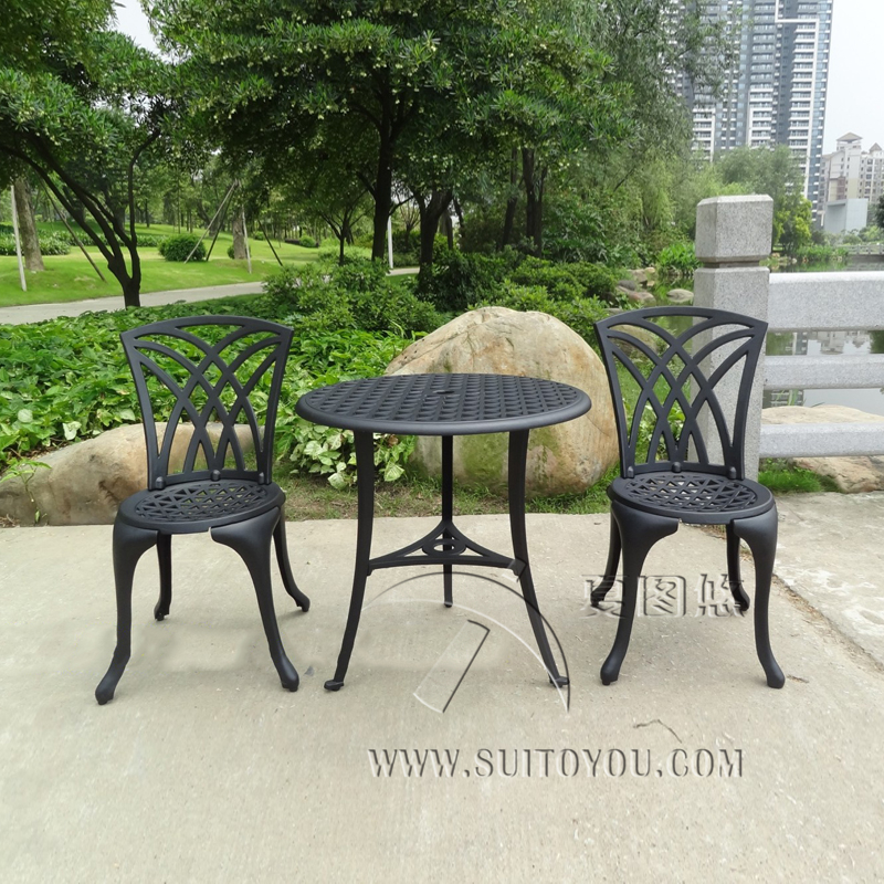 CAST ALUMINUM OUTDOOR GARDEN PATIO TABLE AND 2 CHAIRS SETTING 3 PIECE  FURNITURE BLACK(China