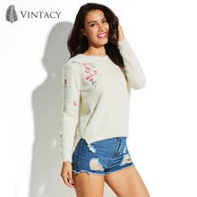 Vintacy Women Sweaters and Pullovers Autumn 2017 Long Sleeve White Floral Knitwear Female Jumper Warm Casual Knitted Sweater New