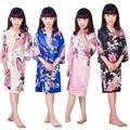A1686 Satén Pijama Del Cabrito/Niños ropa de Noche de La Boda niñas de las Flores Vestido de Kimono Robes Camisón Pavo Real de Alta Calidad