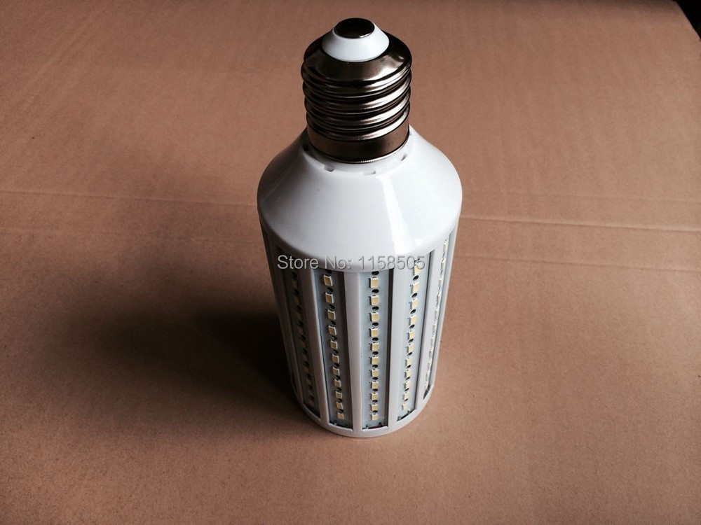 Lampe de bureau led avec thermomètre heure et date: test: lampe de