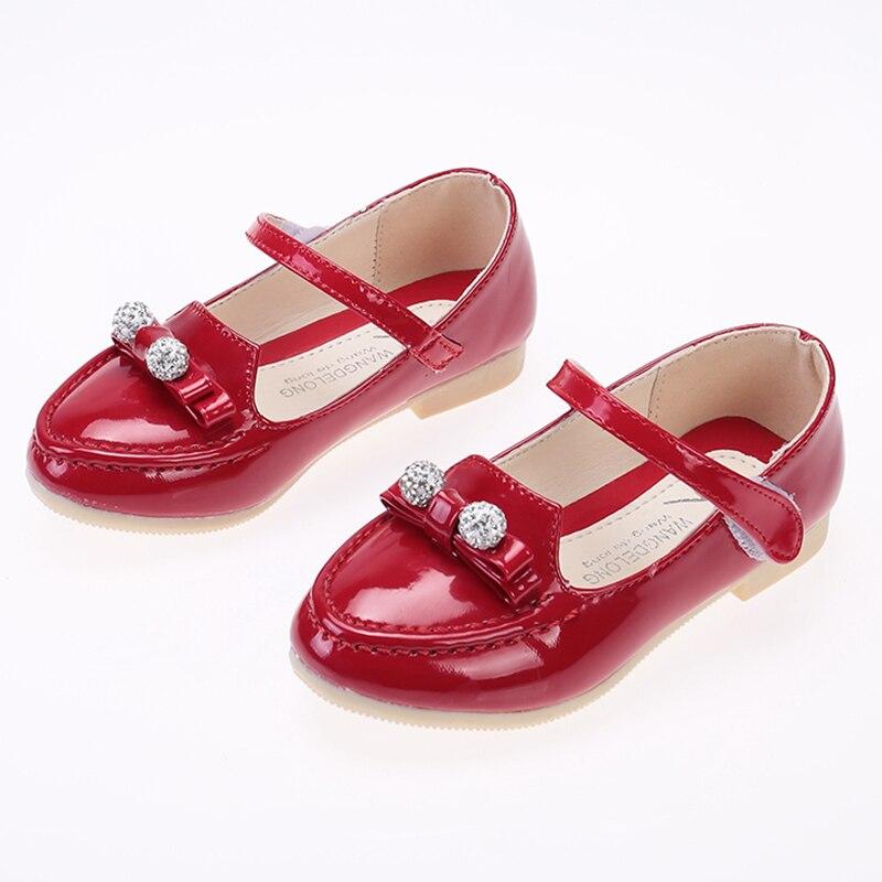 f1d13ba07b4a0 WENDYWU Enfants Chaussures Filles Automne Nouvelle 2016 Casual Arc Strass  Fille Partie Robe Simple Élégant Jolie Enfants Chaussures dans Chaussures  en cuir ...