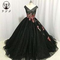 Vintage Vestidos De Fiesta Black V Neck Appliqued Sleeveless Red Flowers Ball Gown Princess Evening Dresses 2018