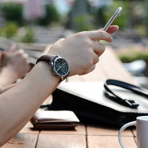 Image 4 - MEGIR מקורי שעון גברים למעלה מותג יוקרה גברים שעון עור שעון גברים שעונים Relogio Masculino Horloges Mannen Erkek Saat
