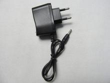 Compra livre 4.2 v 0.5 a 18650 carregador de bateria de polímero de lítio dc: 5.5*2.1mm euro/plugue regulatório dos eua