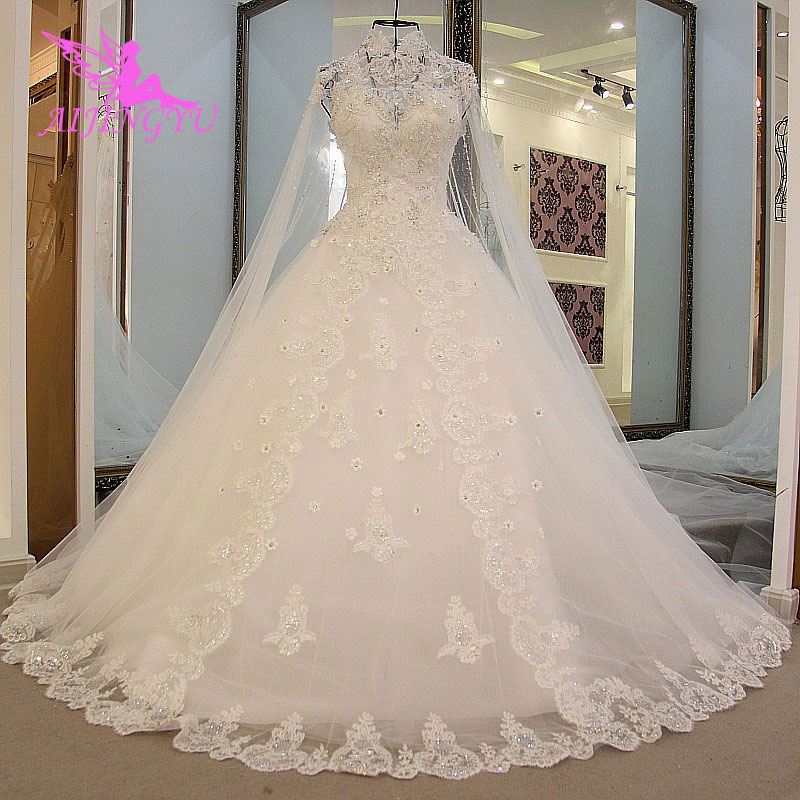 AIJINGYU Gothic Wedding Dress Glitter Design Lace Frocks Tulle 2019 Floral  Gown Frocks and Gowns Bridal-in Wedding Dresses from Weddings   Events on  ... 88a066ce7752