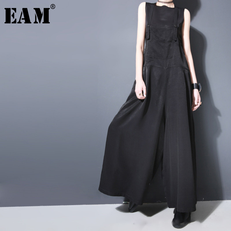 [EAM] 2020 New Spring Strapless Black Brief Button Loose Long Wide Leg Long Pants Women Overalls Fashion Tide JF913
