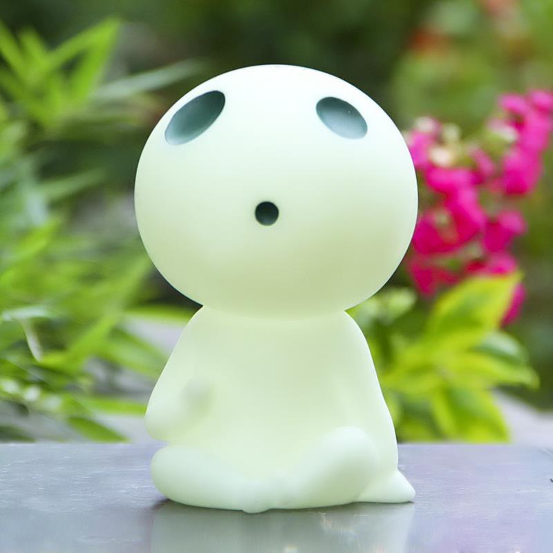 DIY Miyazaki Hayao Prinsessan Mononoke Kodama Tree Spirit PVC Åtgärd Siffror Leksaker Collection Model Toy Söt Spargris Bank Box