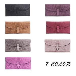 Image 5 - 高級ブランドの女性の財布本革の女性のハンドバッグピンク財布ヘビエンボス加工デザインハスプロング携帯電話バッグカードホルダー