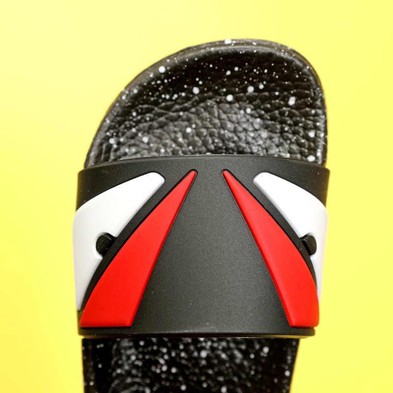 ฤดูร้อนใหม่ 2019 เด็กชายหาดเด็กแฟชั่นรองเท้าแตะเด็กวัยหัดเดินรองเท้าแตะลำลองเด็ก PVC ยี่ห้อสไลด์ชายสีดำรองเท้า