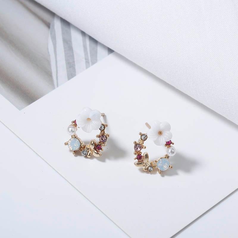 Cute Korean Personality Small Flower Stud Earrings For Women Temperament Simple Fashion Metal Female Stud Earrings