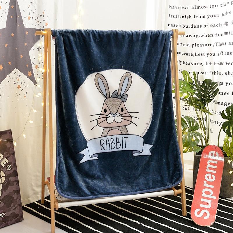 Couverture de modèle de lapin blanc bleu de lac sur les lits couverture de jet de peluche de bande dessinée d'animal pour le couvre-lit d'enfants couverture de Sofa de bouledogue 1 Pc chaud