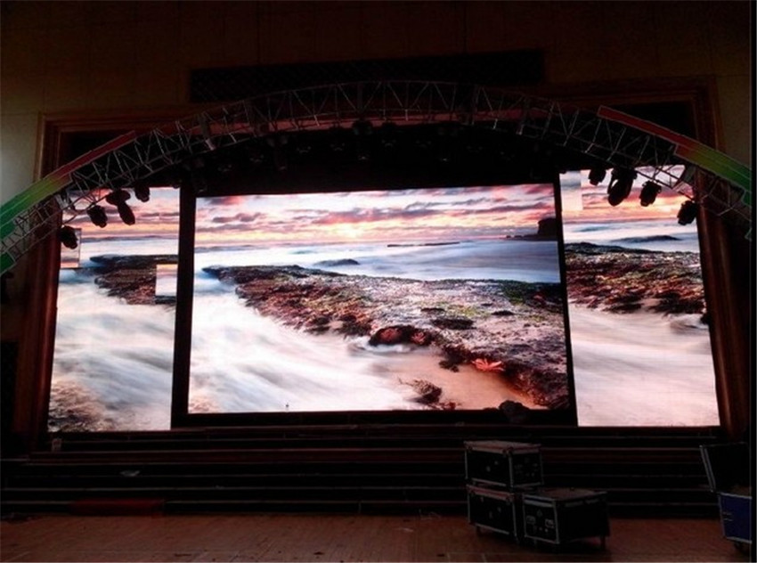 P5 SMD full color led display ,16 scan, 40000dots/m2P5 SMD full color led display ,16 scan, 40000dots/m2