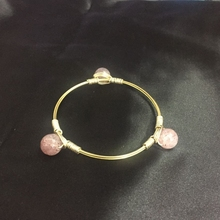 Western Style Women 100% Natural 12MM Strawberry Crystal Gold Copper Wire Wrapped Bangle Jewelry Bracelets