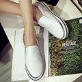 Mocasines zapatos femeninos de fondo grueso blanco 2016 nuevas mujeres salvajes de cuero plana doug zapatos un pedal perezosos panecillo