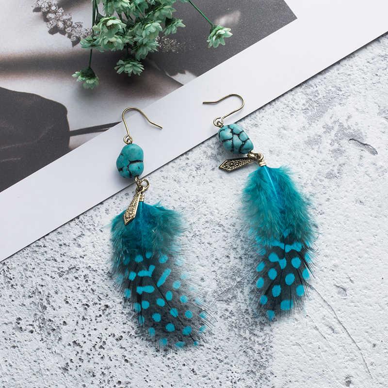 Adorável natureza pena pendurado gota brincos com pedra natural para senhoras meninas festa de férias jóias ornamentos