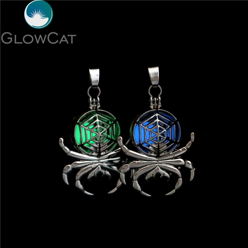 G130 5pcs/lot Glow In The Dark Beads Magnet Spider Pearl Cage Locket Pendant Locket Fairytale Party Essential Oil Diffuser Pendants