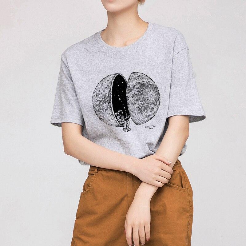 Fashion Harajuku Cosmic Astronaut Personality Print Female Shirt New Summer Casual Funny Loose Short Sleeve T-Shirt Plus Size