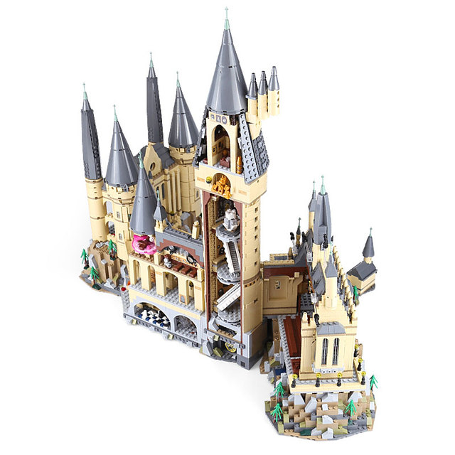 16060 The Hogwart Castle School Mode 6044pcs Harri Movie Potter Model Building Blocks Compatible with 71043 Toys 1