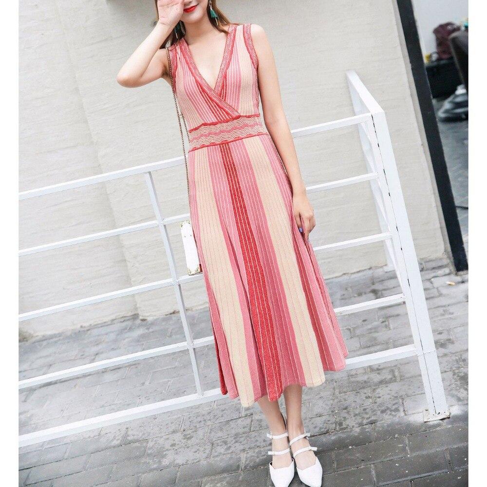 Excellente qualité nouvelle 2019 robe de Designer femmes col en v couleurs rayé tricot mi mollet robe-in Robes from Mode Femme et Accessoires    3