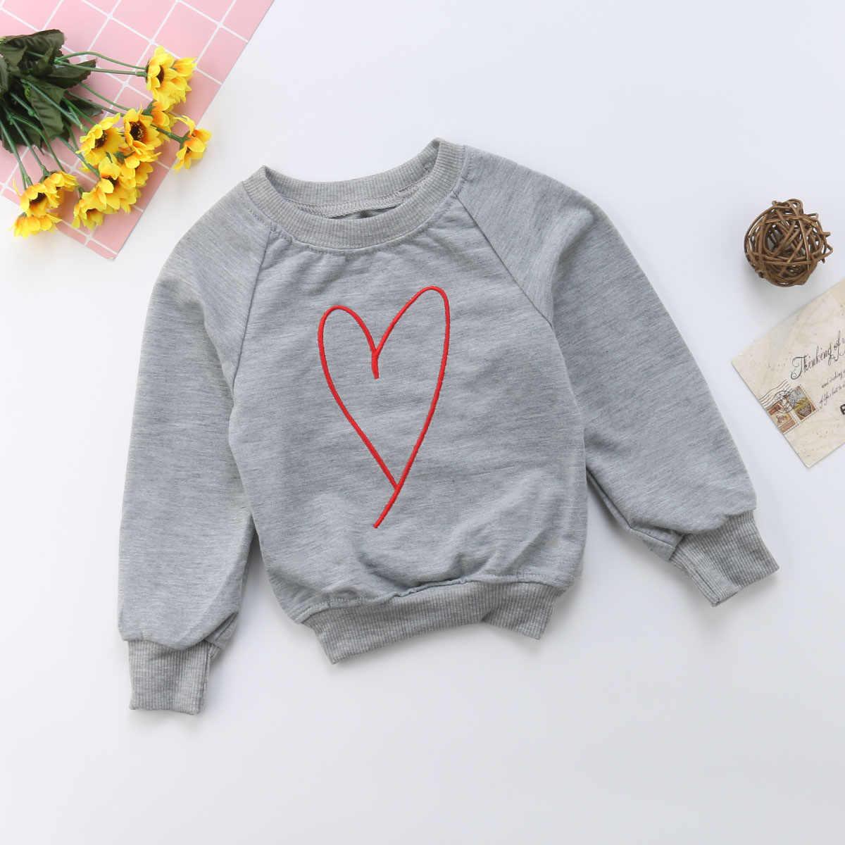 Nueva llegada mamá e hijo familia sudadera a juego Pullover Top, sudadera con estampado de corazón camiseta Top juego trajes 1-5 y