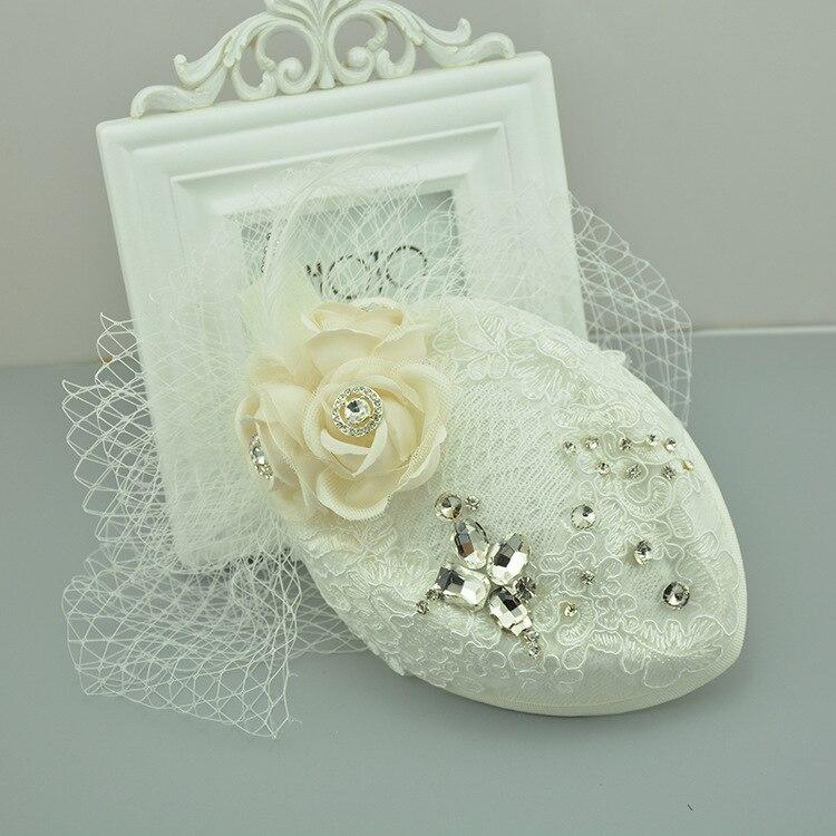 Mini Chapéu de Renda Branca Flor Grampo de Cabelo Fascinator Chapéus De  Casamento E Fascinators Nupcial Acessórios de Cabelo Chapeu Casamento  WIGO0524 99151ea0fd