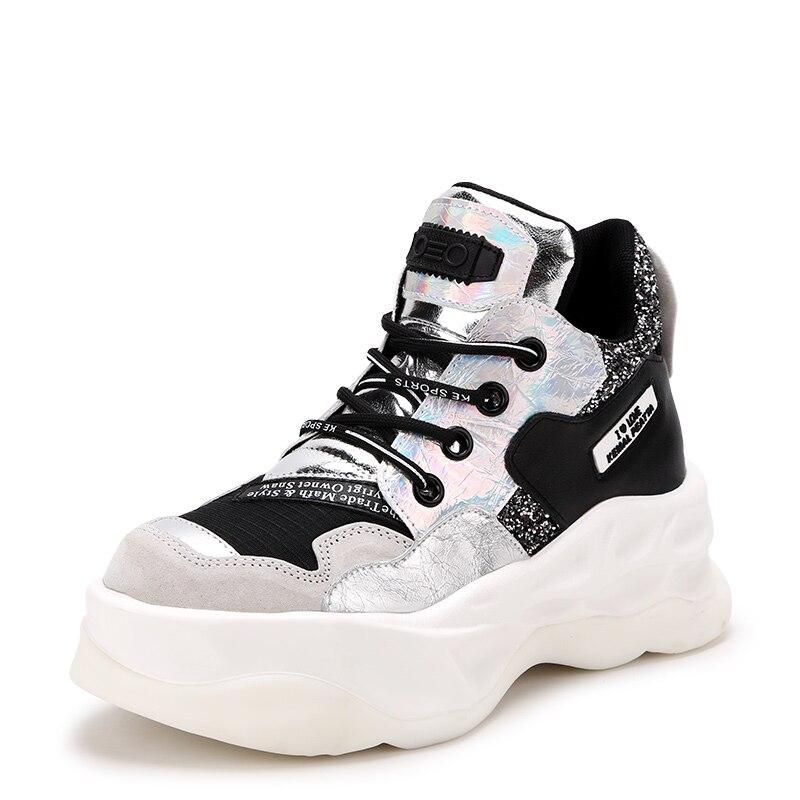 2019 الجديدة النساء الأحذية الخريف الشتاء أزياء والجلود العلامة التجارية أحذية رياضية النساء أحذية سميكة أسفل زيادة 5.5 سنتيمتر عارضة الجوارب-في أحذية الكاحل من أحذية على  مجموعة 2