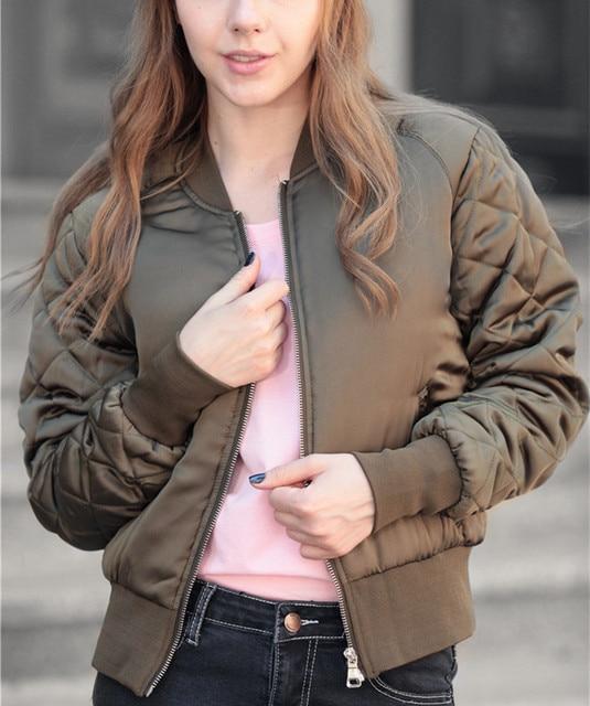 Europa Estilo de Las Mujeres Calientes del Invierno Del Collar Del Soporte Acolchado chaqueta de Abrigo Chaqueta de 2016 Cremallera de Metal Salvaje Delgada Ocasional Outwear Chaqueta de Piloto