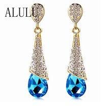 Dlouhé pozlacené náušnice s krásným modrým krystalem