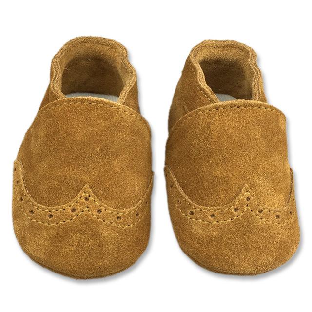 2016 venda quente de Couro de berço Do Bebê sapatos feitos à mão de qualidade confortável macio sapato frete grátis bebê primeiro sapato de qualidade