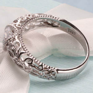Silver Luxury Retro CZ Female Engagement Ring Jewelry