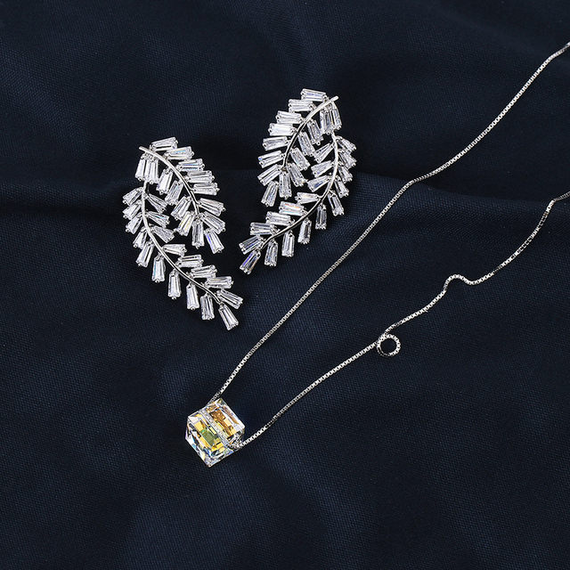 Very Girl Amazing Beautiful Silver Color Copper AAA Cubic Zirconia Leaves Stud Earrings And Necklace Jewelry