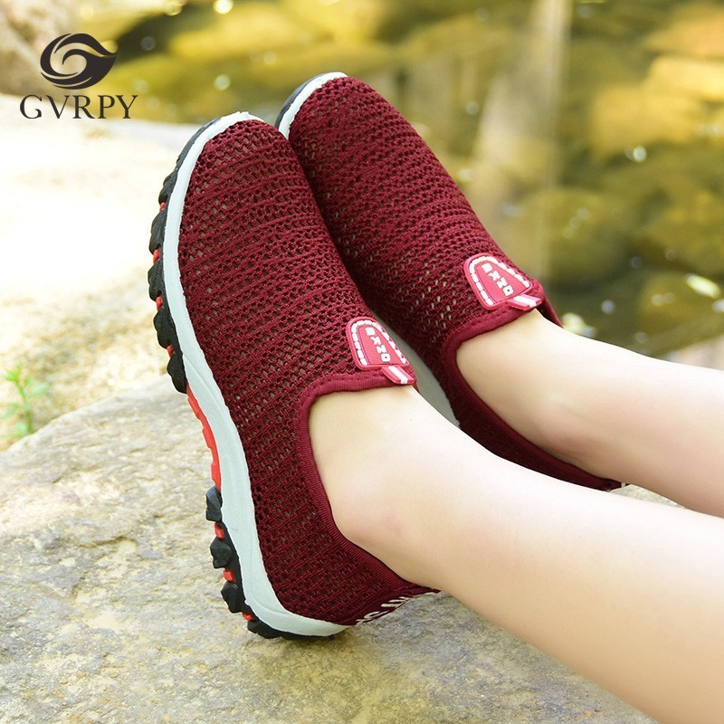 New Mesh Breathable Nurse Shoes Women Surgery Medical Shoes Summer Hospital Laboratory Beauty Salon Dental Clinic Work Shoes