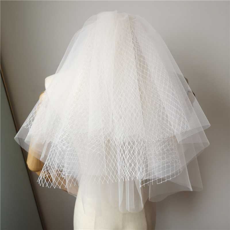 Short Wedding Veils 2019 Simple Puffy Muiti Layers Bridal Vail with Comb Soft Tulle with Net Elegant Wedding Accessories velo