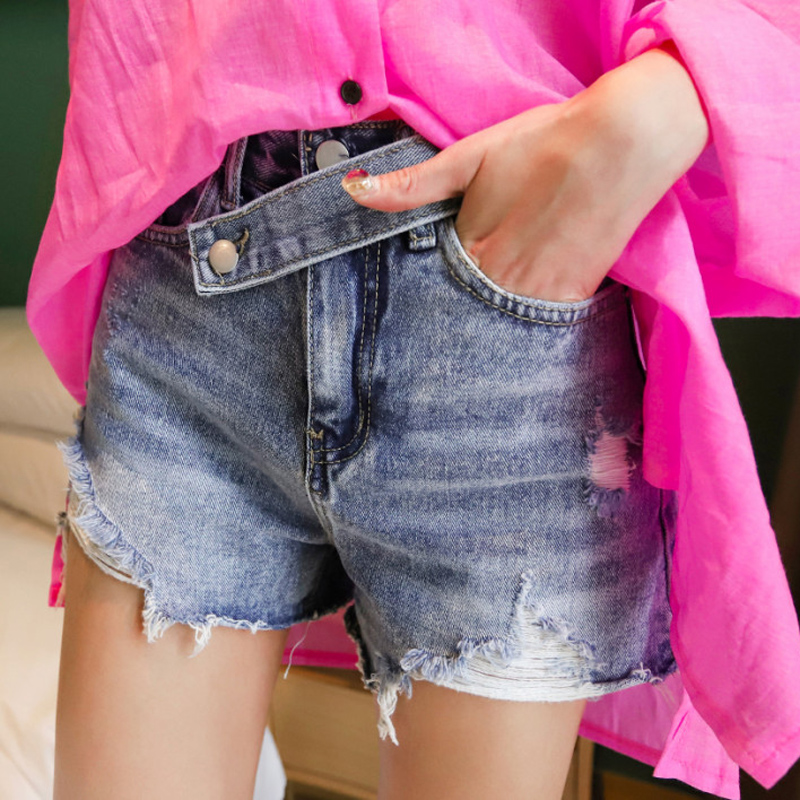 Vintage Denim Blue Inclined-belt Women Denim Shorts Loose Ripped Holes Tassel Female Jeans Shorts 2019 Streetwear Hot Shorts