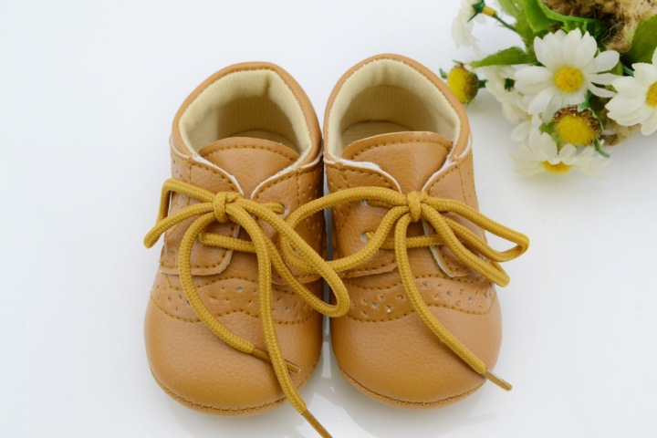 Leather-Baby-First-Walkers-Antislip-First-Walkers-For-Baby-Boy-Girl-Genius-Baby-Infant-Shoes-2