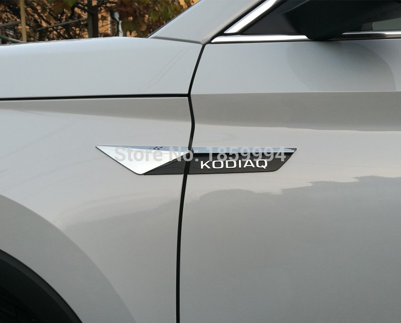 Untuk 2017 2018 2019 skoda kodiaq karoq Asli Side Wing Fender pintu Emblem Badge sticker Potong