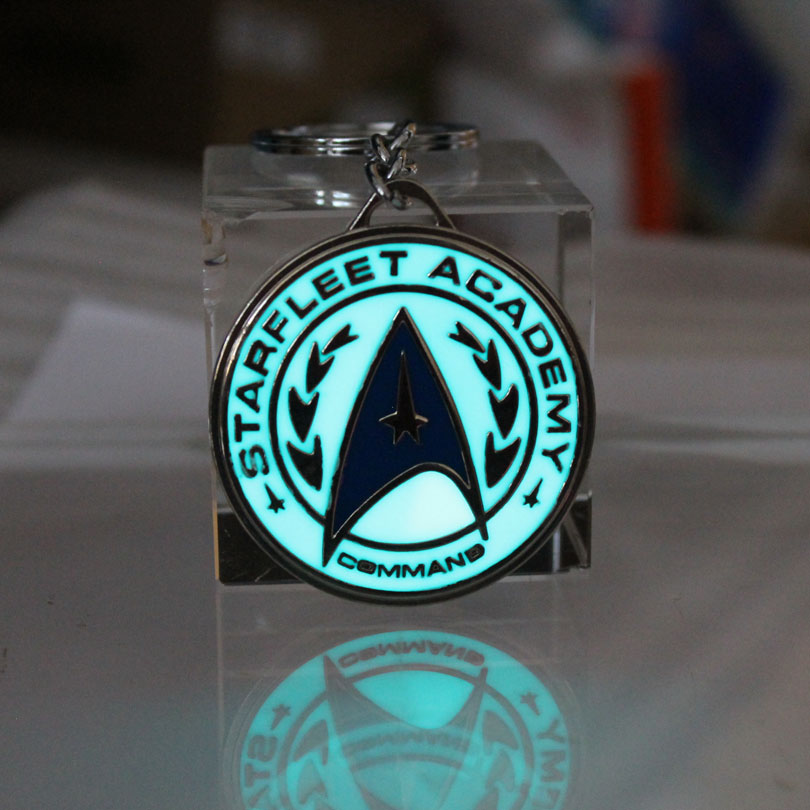 Fashion Women Men Jewelry Keychain Star Trek Key Chain Starfleet Academy Keyring GLOW In The DARK Spacecraft Pendants Boys Gift