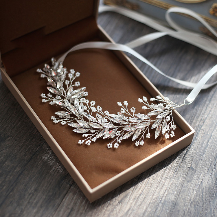 SLBRIDAL Handgjorda Silverkristaller Rhinestones Tree Branch Shaped Wedding Headpieces Hair Vine Bridal Headband Hårtillbehör
