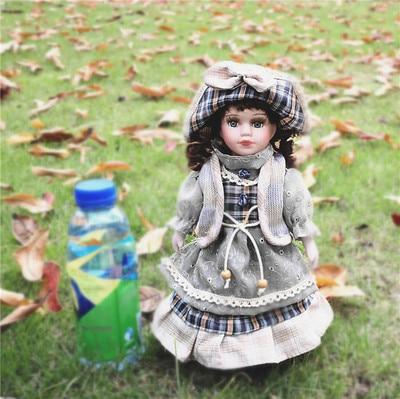 Hauteur 30 cm russie personnage de film personnages manuels poupée en porcelaine européenne chambre personnalité poupée anniversaire nœud fille cadeaux