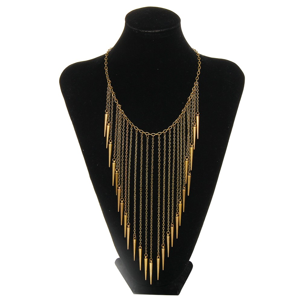 2016 New Collar Jewelry European Style Vintage Trench Fashion Necklace Rivet Long Tassel Punk