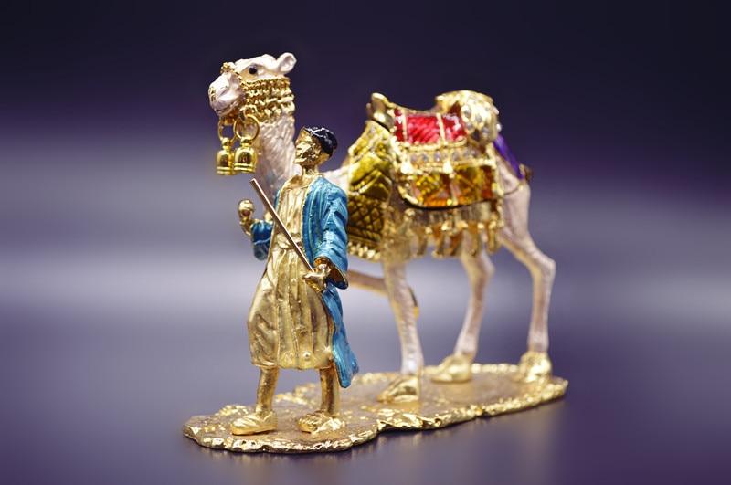 QIFU Бесплатная доставка Статуэтка медный верблюд брелок коробка для сувенира