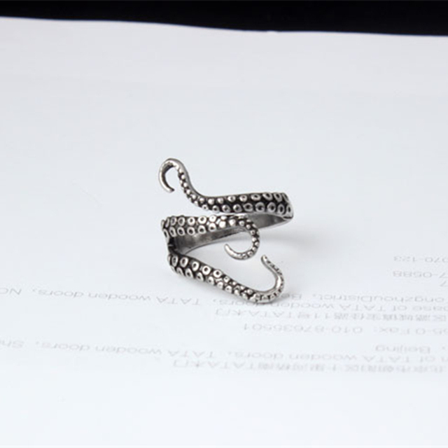DoreenBeads Fashion Men Rings Silver Color Color Alloy Steel Vintage Octopus Style 1