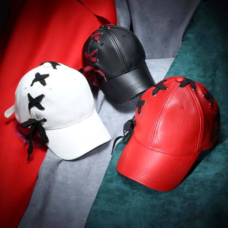 Prix pour 2017 nouveau mode croix cravate en cuir baseball caps femmes et femmes printemps snapback chapeaux de haute qualité noir rouge blanc