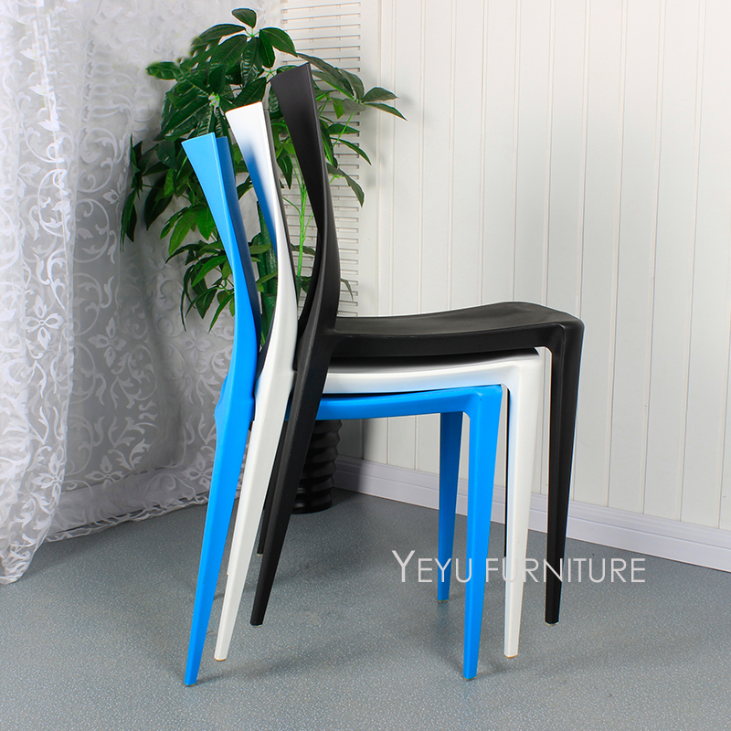 Modern Design PP Plastic Stackable Dining Chair, Famous Design Nice Dining  Room Furniture Stack Chair