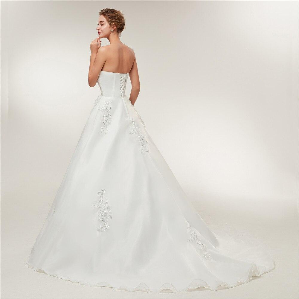 Hot Price Fansmile Cheap Vintage Lace Long Train Wedding