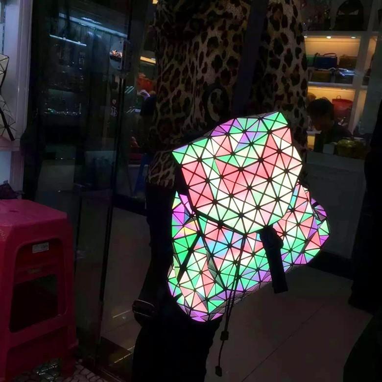 Biseafairy Luminous Backpack Diamond Lattice Bag Travel Geometric Women Fashion Bag Teenage Girl School Noctilucent Backpack 28