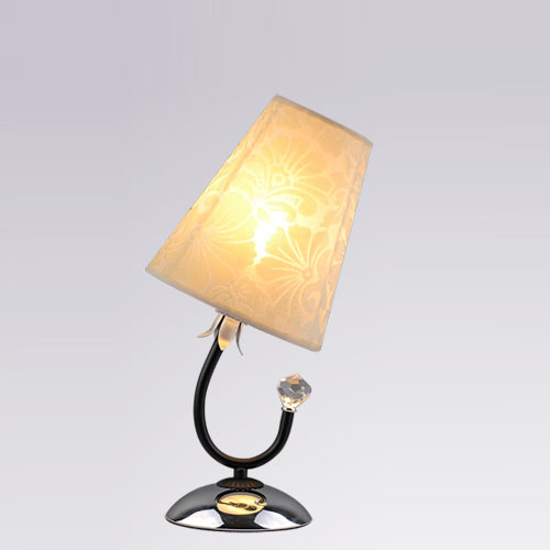 ФОТО Modern Study Room Desk lights Fabric Lampshade Chrome Base Bedroom Bedsides Table Lights Living Room Table Lighting Fixtures
