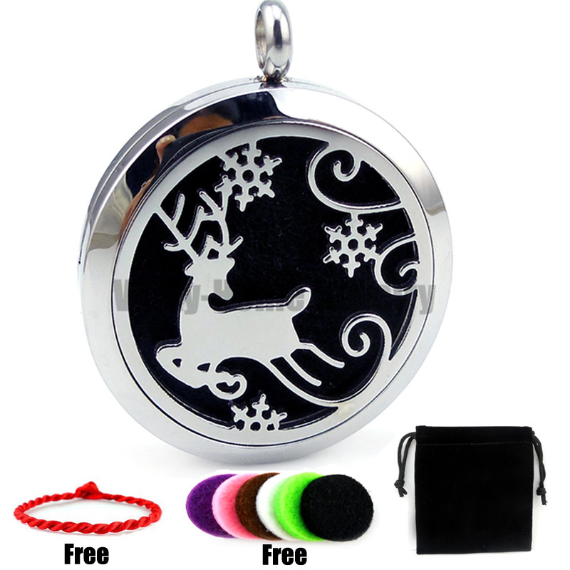 New Arrivals With chain gift Christmas Deer with Snow (30mm) Aromatherapy / Essential Oils Diffuser Locket Necklace with Pads