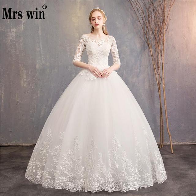 Meia Manga Vestidos de Casamento 2018 New Sra. Win Luxury Lace Bordados vestido de Baile Vestido Pode Custom Made Vestido De Casamento noiva F